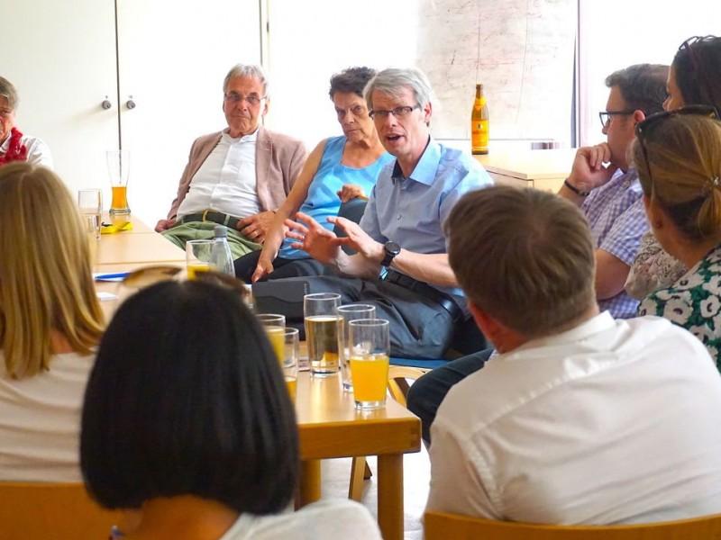 Gemeinsamer Stammtisch mit Matthias Kollatz-Ahnen in der Seniorenfreizeitstätte Selerweg