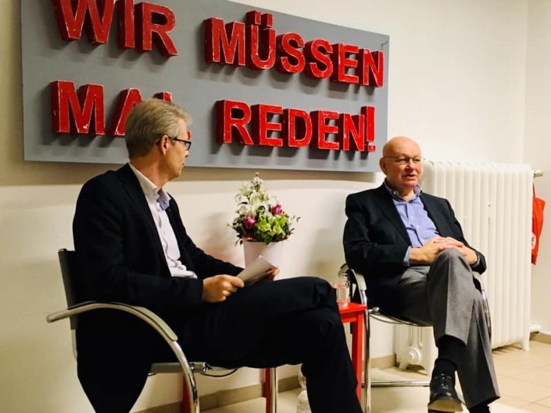 """""""Wir müssen mal reden!"""" mit Walter Momper anlässlich des 30-Jährigen Mauerfalljubiläums"""